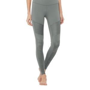 "Alo yoga gray hi waist Moto legging sz xs 28"""